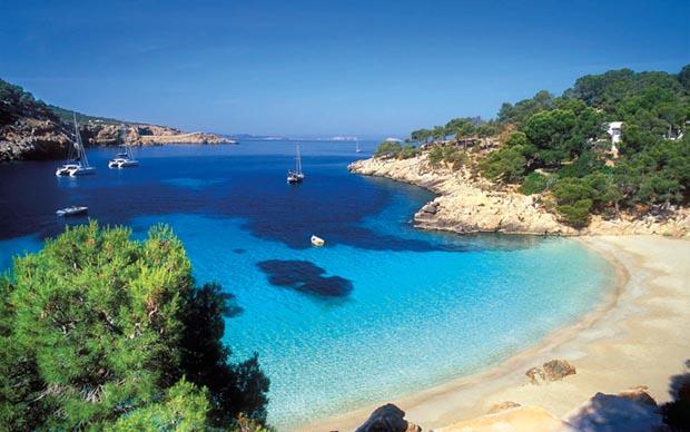 Playa Cala Salada, Ibiza (Cala Salada beach, in Ibiza)